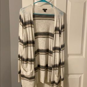 Eddie Bauer Long sleeve Cardigan